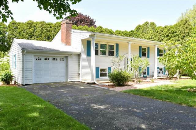 3 South Hillview Drive, Narragansett, RI 02882 (MLS #1255553) :: The Martone Group