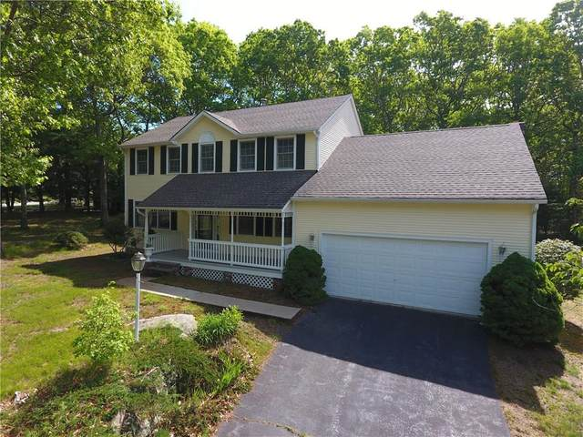 90 Kings Ridge Road, South Kingstown, RI 02879 (MLS #1255728) :: The Mercurio Group Real Estate