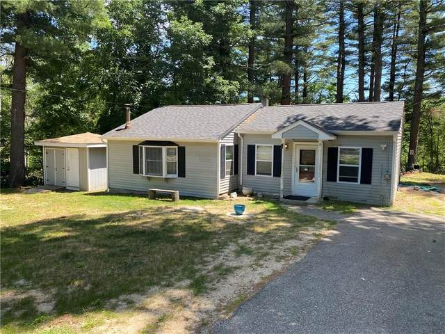 304 Rockland Road, Scituate, RI 02853 (MLS #1256940) :: The Martone Group