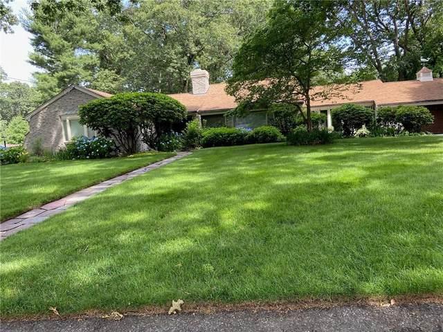 137 Squantum Drive, Warwick, RI 02888 (MLS #1257535) :: The Mercurio Group Real Estate