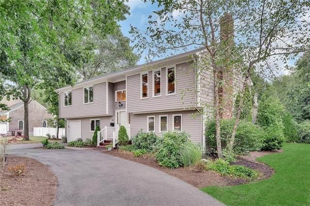 86 Princes Hill Avenue, Barrington, RI 02806 (MLS #1258404) :: The Martone Group