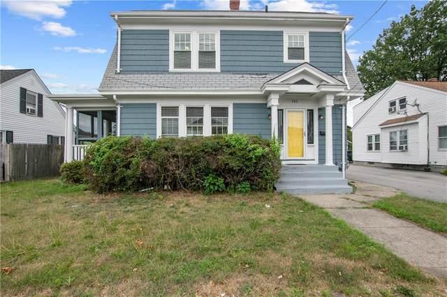 740 Newport Avenue, Pawtucket, RI 02861 (MLS #1261710) :: The Martone Group