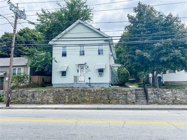 1558 Main Street, West Warwick, RI 02893 (MLS #1261717) :: The Martone Group