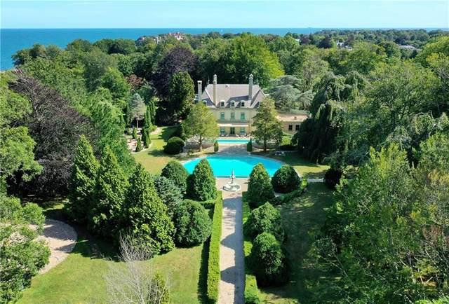 180 Narragansett Avenue, Newport, RI 02840 (MLS #1262158) :: Welchman Real Estate Group