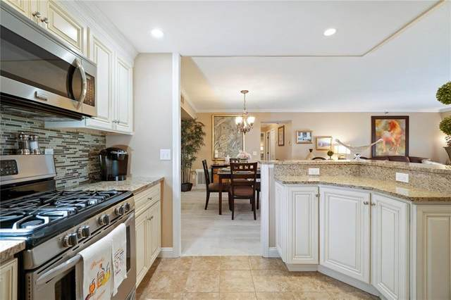 200 Hoffman Avenue #405, Cranston, RI 02920 (MLS #1264428) :: The Martone Group