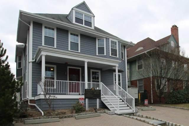 35 Angell Street, Providence, RI 02906 (MLS #1264493) :: The Martone Group