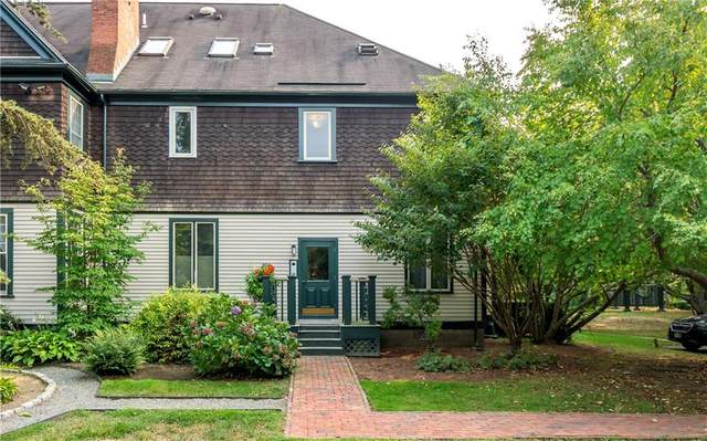 158 Narragansett Avenue V, Newport, RI 02840 (MLS #1265007) :: The Martone Group