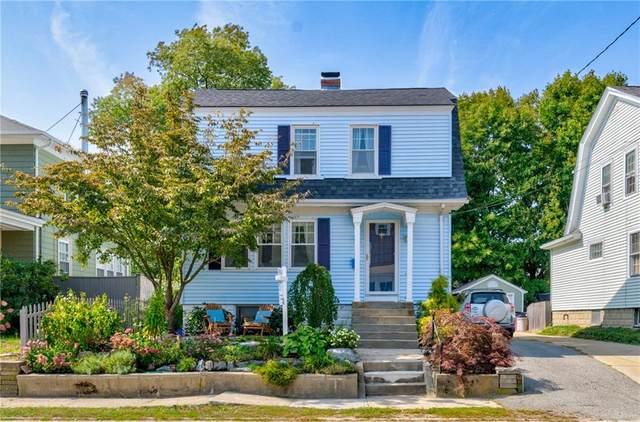 33 Harding Avenue, Cranston, RI 02905 (MLS #1265276) :: Spectrum Real Estate Consultants