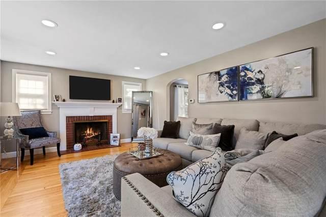 109 Knollwood Avenue, Cranston, RI 02910 (MLS #1266688) :: The Mercurio Group Real Estate