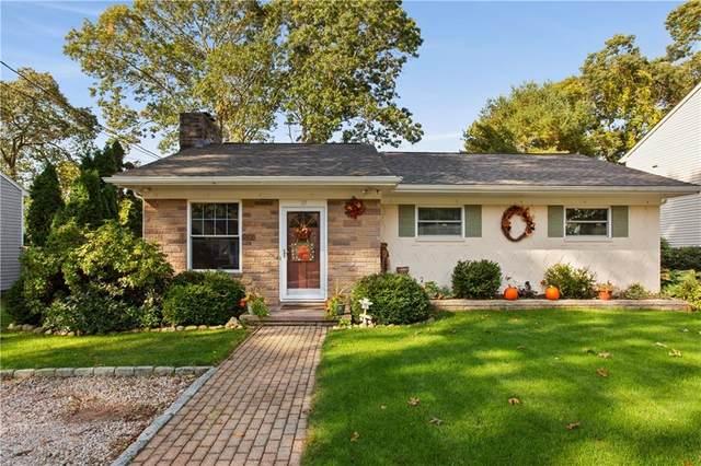 10 Sweet Fern Trail, Narragansett, RI 02874 (MLS #1267442) :: The Mercurio Group Real Estate
