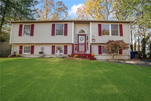 90 Crestwood Drive, West Warwick, RI 02893 (MLS #1269771) :: Welchman Real Estate Group