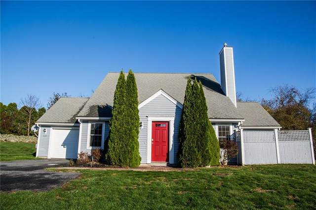 415 Corey Lane, Middletown, RI 02842 (MLS #1270633) :: Dave T Team @ RE/MAX Central