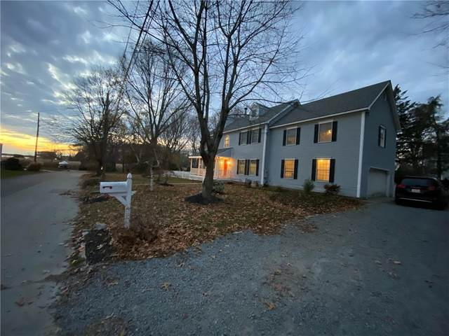 17 Mosher Drive, Barrington, RI 02806 (MLS #1270687) :: Alex Parmenidez Group