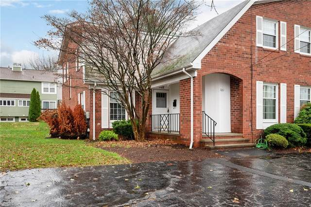 103 Wyndham Avenue, Providence, RI 02908 (MLS #1270698) :: Welchman Real Estate Group