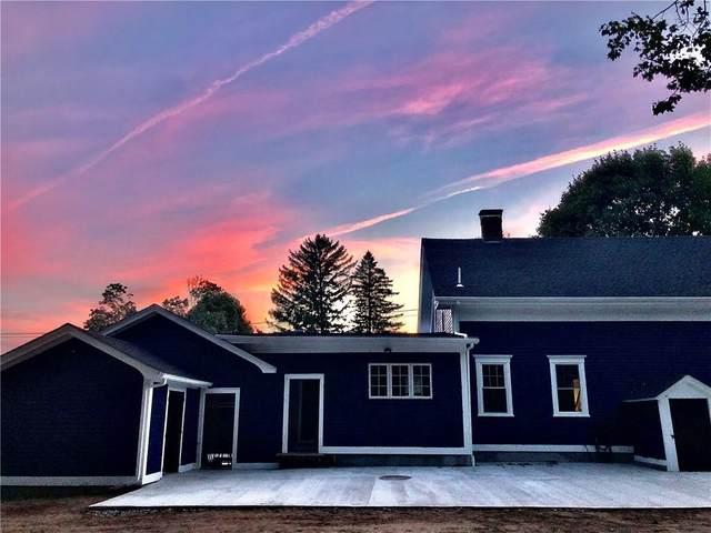 499 Seven Mile Road, Cranston, RI 02831 (MLS #1271180) :: Welchman Real Estate Group