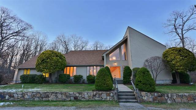 10 Noto Drive, North Providence, RI 02904 (MLS #1271873) :: Welchman Real Estate Group