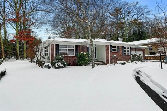 27 Maplecrest Drive, Smithfield, RI 02828 (MLS #1272399) :: Edge Realty RI