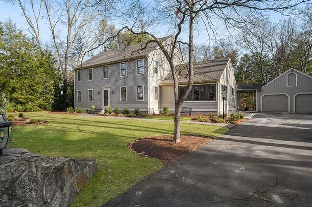 10 Woodcrest Drive, Cumberland, RI 02864 (MLS #1273296) :: The Martone Group