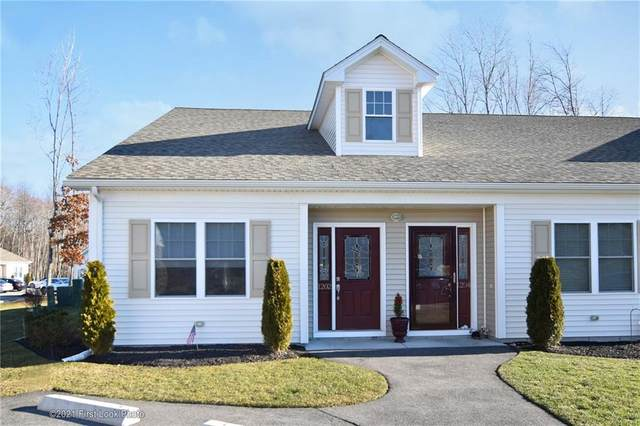 1202 Graycoach Lane #1202, Cranston, RI 02921 (MLS #1273731) :: The Seyboth Team