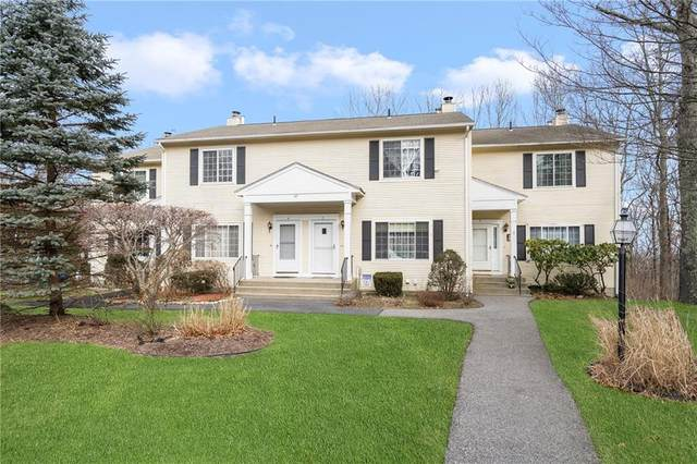 37 Eagle Run B, Warwick, RI 02818 (MLS #1273809) :: Alex Parmenidez Group