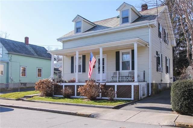 81 Roseneath Avenue, Newport, RI 02840 (MLS #1274211) :: revolv