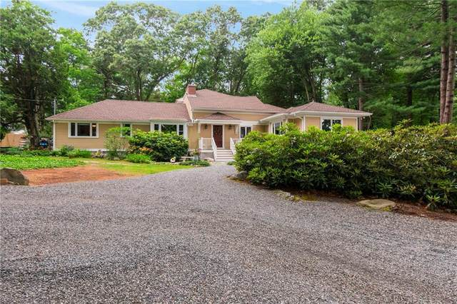 201 South Pierce Road, East Greenwich, RI 02818 (MLS #1274711) :: The Martone Group