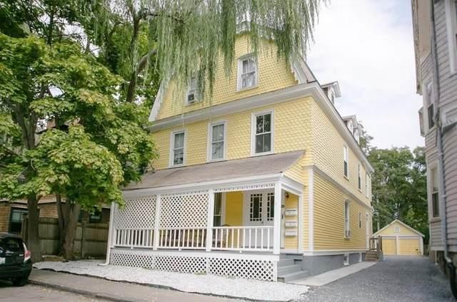 13 Lincoln Street, Newport, RI 02840 (MLS #1275045) :: The Martone Group