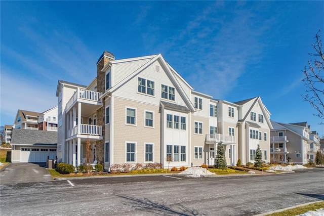 34 Kettle Point Avenue B, East Providence, RI 02914 (MLS #1275704) :: The Martone Group