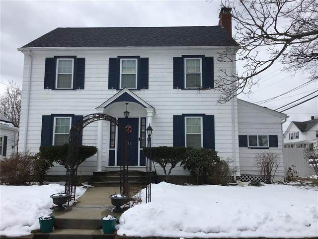 320 West Forest Avenue, Pawtucket, RI 02860 (MLS #1275849) :: The Martone Group