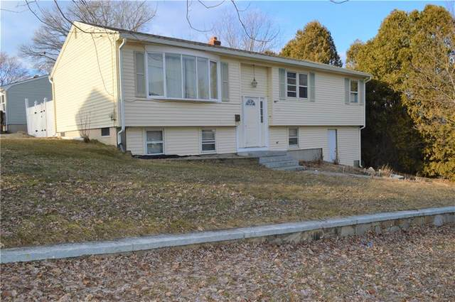 220 Highland Avenue, Johnston, RI 02919 (MLS #1276169) :: The Martone Group