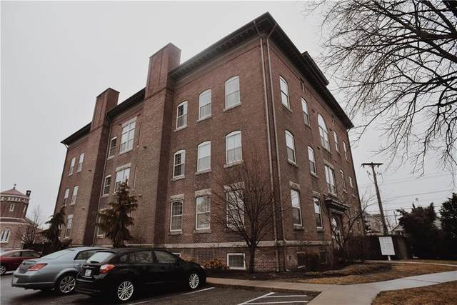 39 Webster Street #304, Pawtucket, RI 02860 (MLS #1276214) :: The Martone Group