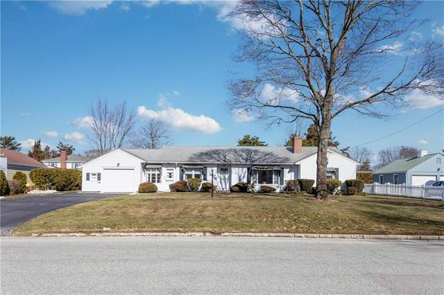 693 Namquid Drive, Warwick, RI 02888 (MLS #1276270) :: Spectrum Real Estate Consultants