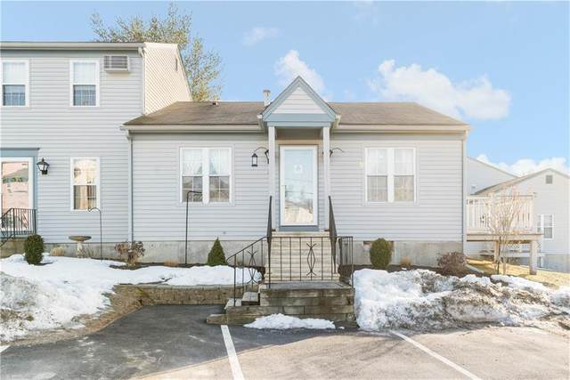 565 Quaker Lane #16, West Warwick, RI 02893 (MLS #1276278) :: Spectrum Real Estate Consultants