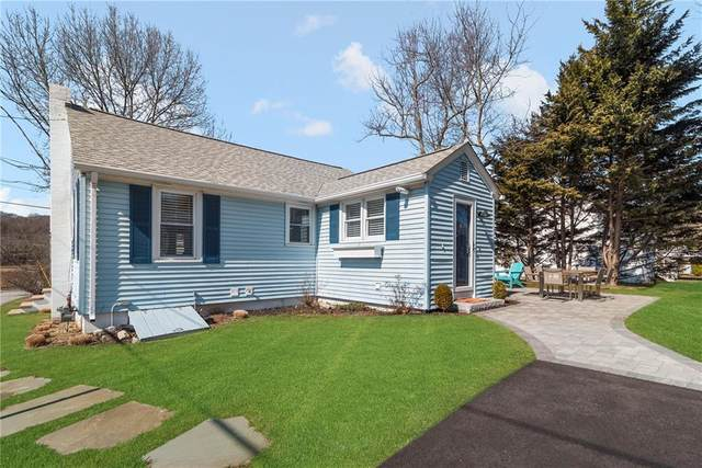 18 Lakeview Drive, Narragansett, RI 02882 (MLS #1276966) :: Welchman Real Estate Group