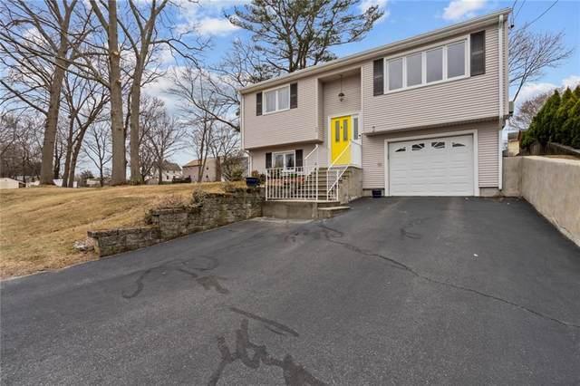 24 Vineyard Avenue, Cumberland, RI 02864 (MLS #1277035) :: Welchman Real Estate Group
