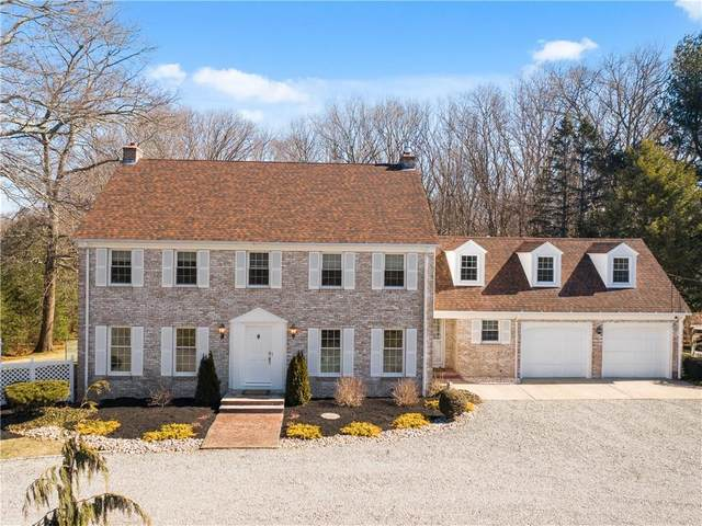 260 Pippin Orchard Road, Cranston, RI 02921 (MLS #1277682) :: Alex Parmenidez Group