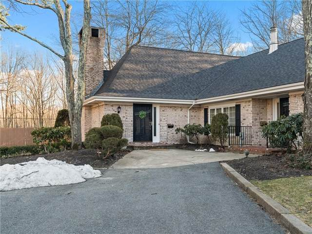 77 Hoffman Avenue A, Cranston, RI 02920 (MLS #1277709) :: Spectrum Real Estate Consultants