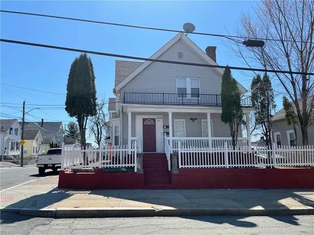 1002 Atwells Avenue, Providence, RI 02909 (MLS #1278651) :: Welchman Real Estate Group