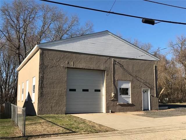 144 Cooper Avenue, Woonsocket, RI 02895 (MLS #1278951) :: Century21 Platinum