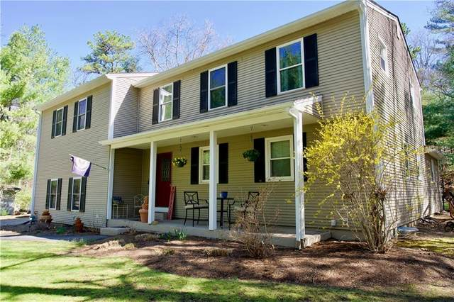 17 Circlewood Drive, Coventry, RI 02816 (MLS #1279302) :: Welchman Real Estate Group