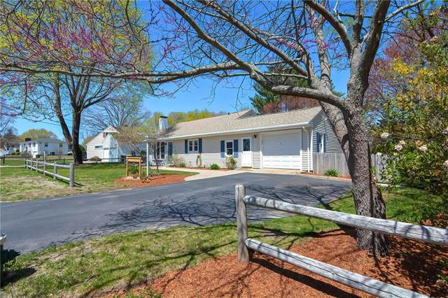 26 Willow Road, Smithfield, RI 02828 (MLS #1281351) :: The Martone Group