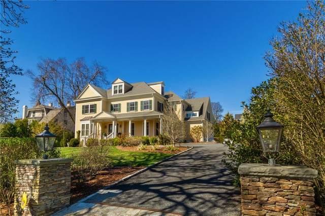 383 Gibbs Avenue, Newport, RI 02840 (MLS #1281356) :: Spectrum Real Estate Consultants