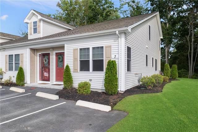 7 Gray Coach Lane #701, Cranston, RI 02921 (MLS #1281449) :: Nicholas Taylor Real Estate Group