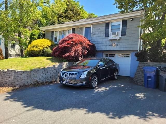 32 Carlton Avenue, Warwick, RI 02889 (MLS #1282462) :: Dave T Team @ RE/MAX Central