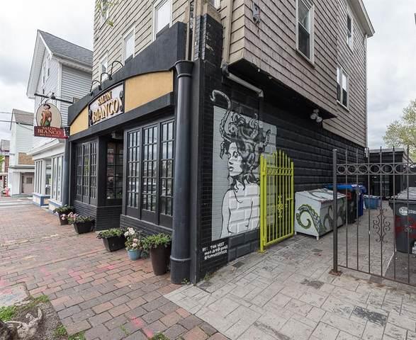 423 Atwells Avenue, Providence, RI 02909 (MLS #1282716) :: Welchman Real Estate Group
