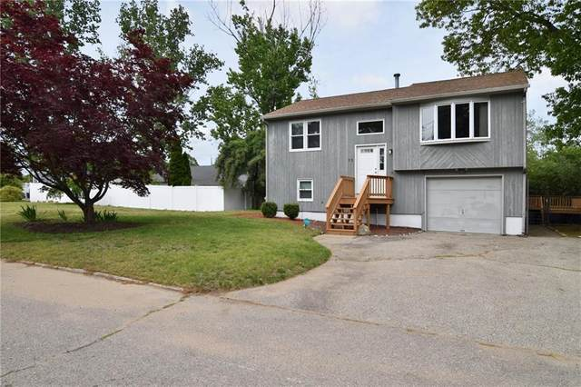 25 Bennett Street, Warwick, RI 02889 (MLS #1283727) :: Spectrum Real Estate Consultants