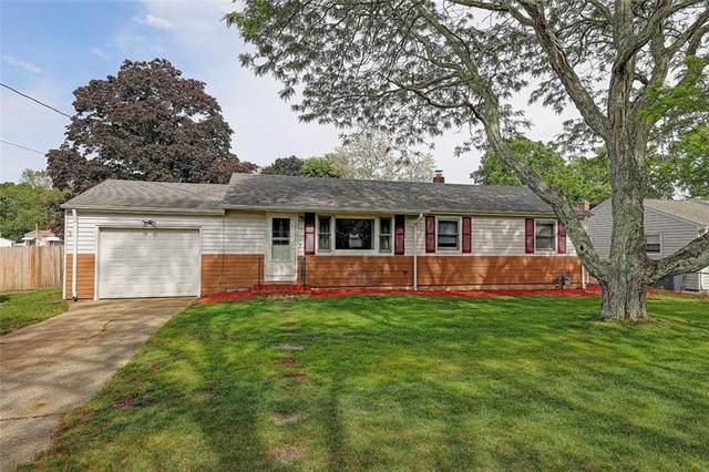 52 Social Drive, Warwick, RI 02889 (MLS #1284450) :: Spectrum Real Estate Consultants