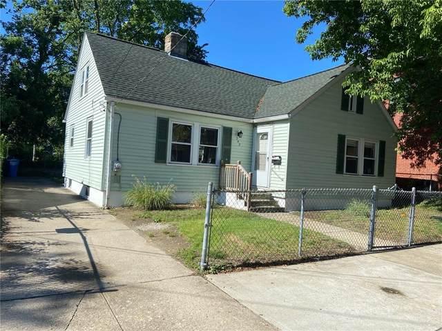 242 Bayview Avenue, Cranston, RI 02905 (MLS #1285527) :: Westcott Properties