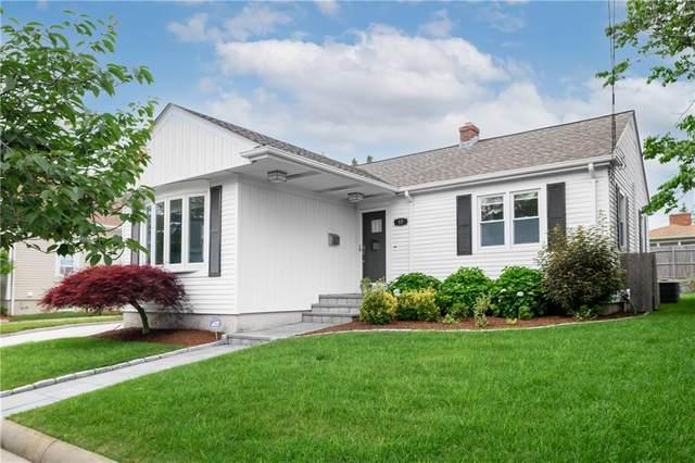 17 La Salle Drive, Providence, RI 02908 (MLS #1285603) :: Spectrum Real Estate Consultants