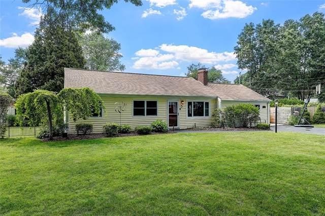 5 Hemlock Drive, Barrington, RI 02806 (MLS #1286756) :: Spectrum Real Estate Consultants